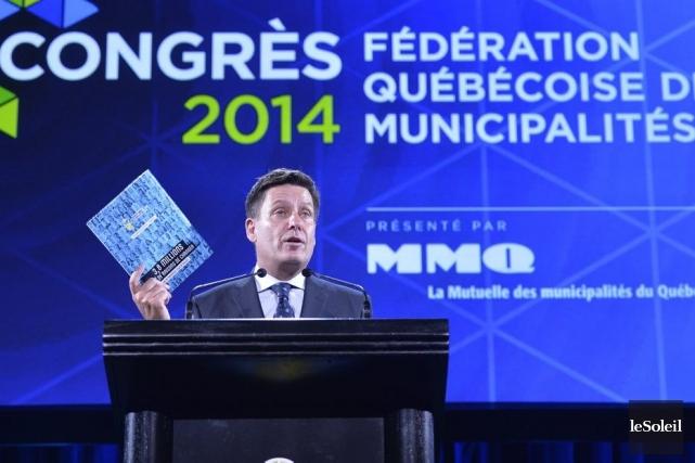 Le ministre des Affaires municipales, Pierre Moreau, était... (PHOTO PASCAL RATTHÉ, LE SOLEIL)