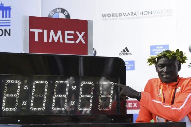 «Si les conditions sont bonnes, le record du... (PHOTO TOBIAS SCHWARZ, archives AFP)