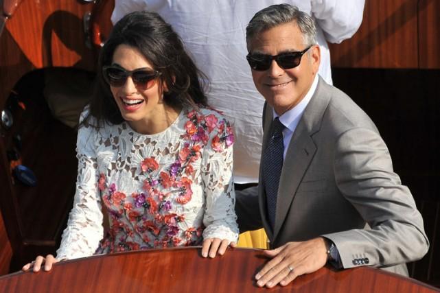 George Clooney et Amal Alamuddin dimanche à Venise.... (Photo: AP)