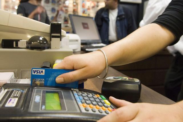 La dette des ménages canadiens a cru davantage que le revenu disponible au... (PHOTO ARCHIVES BLOOMBERG)