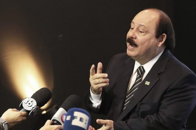 M. Fidelix, qui n'atteint même pas 1% des... (Photo Reuters)
