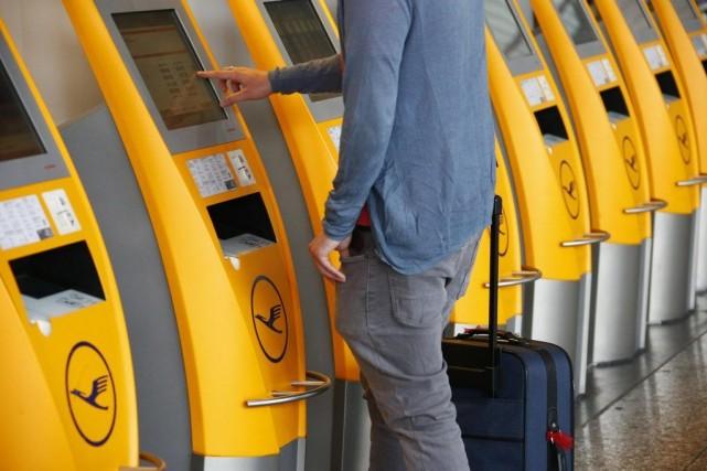 Les grèves chez Lufthansa n'ont jusqu'à présent engendré... (PHOTO RALPH ORLOWSKI, REUTERS)