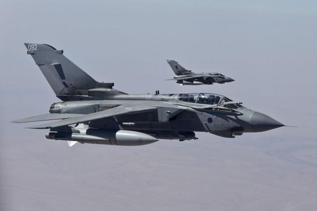 Six Tornado de la Royal Air Force, basés... (PHOTO ARCHIVES REUTERS)