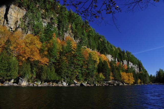 Le secteur des Gorges offre plusieurs emplacements de... (Photo Rolland Hamel, fournie par le Parc naturel régional de Portneuf)