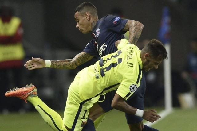 Même les buts de Lionel Messi et Neymar n'ont pu empêcher le FC Barcelone de... (Photo: AFP)