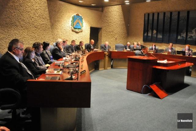Vos élus municipaux trifluviens sont-ils assidus aux réunions du conseil ou aux... (Photo: Émilie O'Connor Le Nouvelliste)