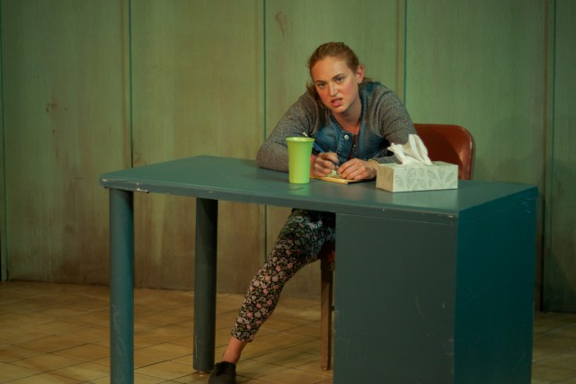 La comédienne Kim Despatis se glisse parfaitement dans... (Photo: fournie par le Théâtre Prospero)