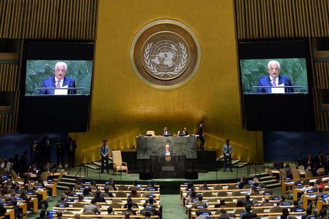 Le présidentAbbas a assuré dans un discours véhément... (PHOTO TIMOTHY A. CLARY, ARCHIVES AFP)