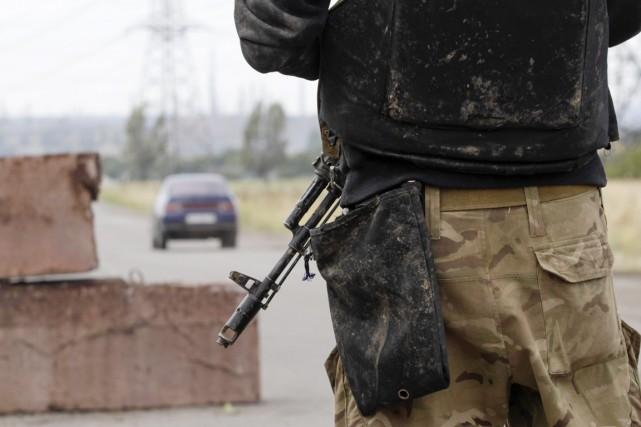 Le soldat «a été arrêté et doit être... (PHOTO VASILY FEDOSENKO, ARCHIVES REUTERS)