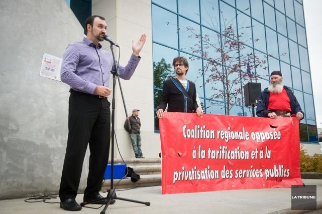 Les gens de Solidarité populaire Estrie craignent les travaux de la Commission... (Imacom, Jessica Garneau)
