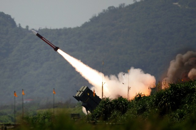 Un missile Patriot.... (Archives Reuters)