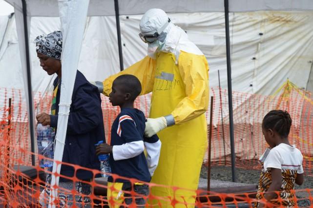 Les premières images de la crise d'Ebola étaient d'une tristesse insoutenable.... (Photo Dominique Faget, Agence France-Presse)