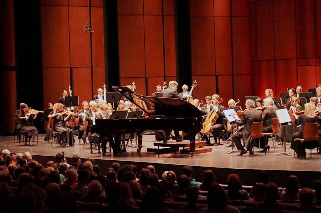 Joshua Weilerstein, chef adjoint à l'Orchestre philharmonique de... (Photo fournie par l'OSQ)