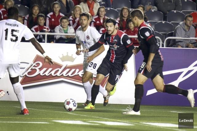 Le Fury d'Ottawa affrontait les Silverbacks d'Atlanta, une... (Patrick Woodbury, LeDroit)