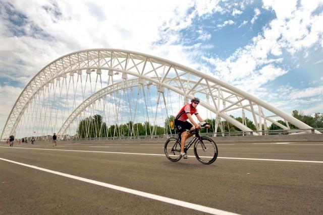 Le pontStrandherd-Armstrong a été inauguré à la mi-juillet.... (Martin Roy, Archives LeDroit)
