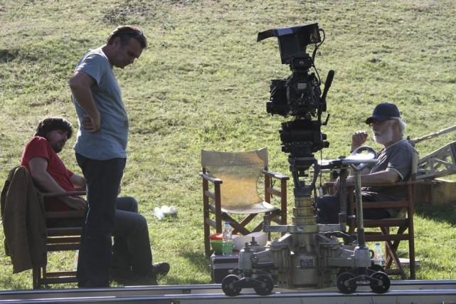 Le réalisateur Isa Qosja (à droite) sur le... (Photo: AP)