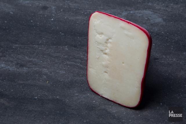 L'Athonite est vendu à la fromagerie du monastère... (PHOTO OLIVIER PONTBRIAND, LA PRESSE)