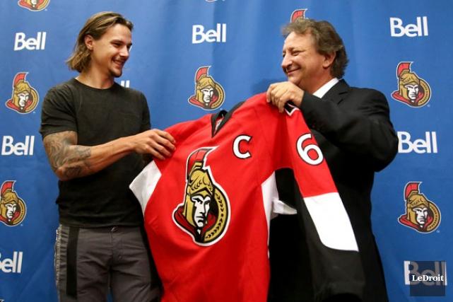 Erik Karlsson n'a pas l'intention d'imiter Daniel Alfredsson,... (PATRICK WOODBURY, LeDroit)