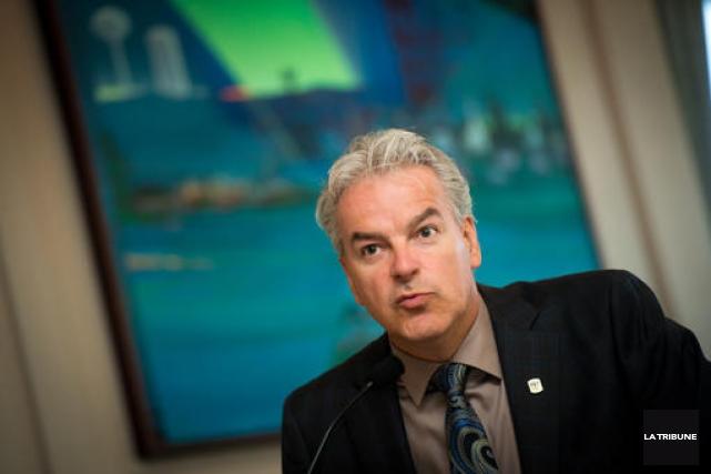 Le maire Bernard Sévigny estime que la Ville de Sherbrooke a été entendue à la... (Archives La Tribune)