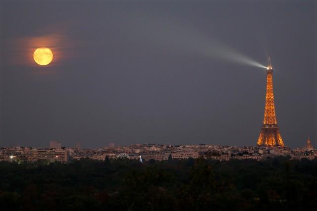 La France, première destination touristique au monde, reste «numéro1 dans le... (PHOTO CHARLES PLATIAU, ARCHIVES REUTERS)