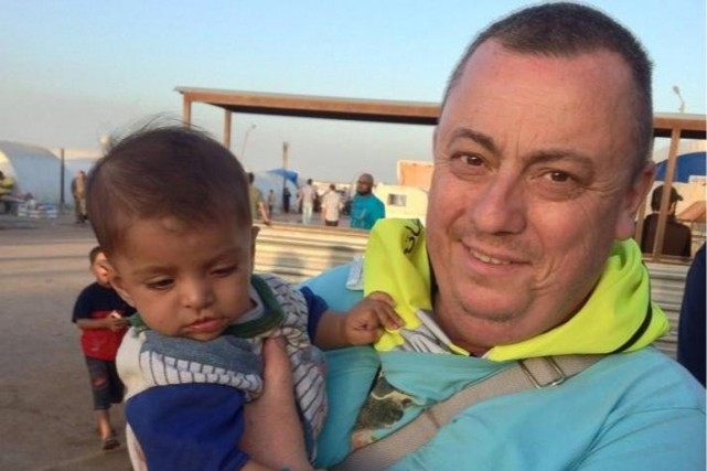 Alan Henning, 47 ans, volontaire pour conduire un... (Photo archives Reuters)