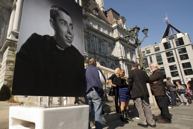 De Janine Sutto à Jean Lapointe, en passant... (La Presse Canadienne)