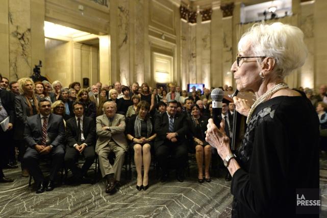 «Mon p'tit Gilles!», a lancé sa complice Janine... (Photo Bernard Brault, La Presse)