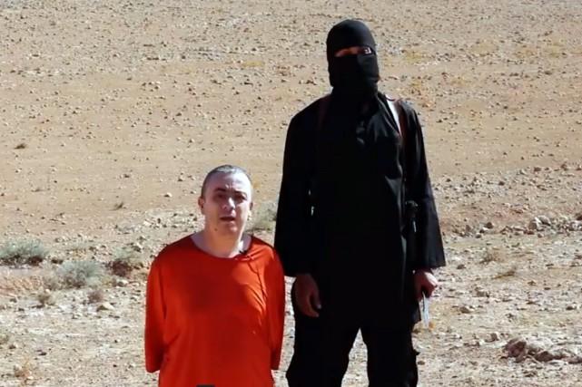 Le groupe État islamique a revendiqué vendredi la... (PHOTO ARCHIVES AFP)