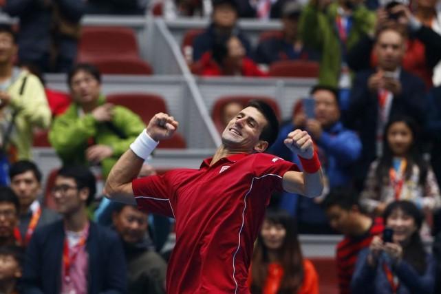 Novak Djokovic... (PHOTO PETAR KUJUNDZIC, REUTERS)