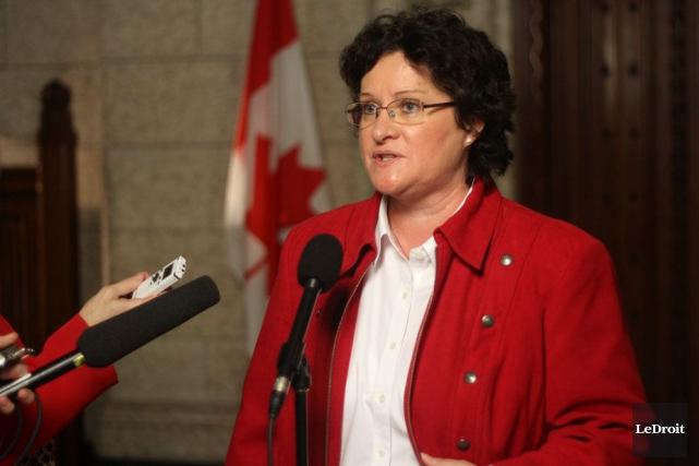 La députée Françoise Boivin déplore la décision de... (Étienne Ranger, Archives LeDroit)