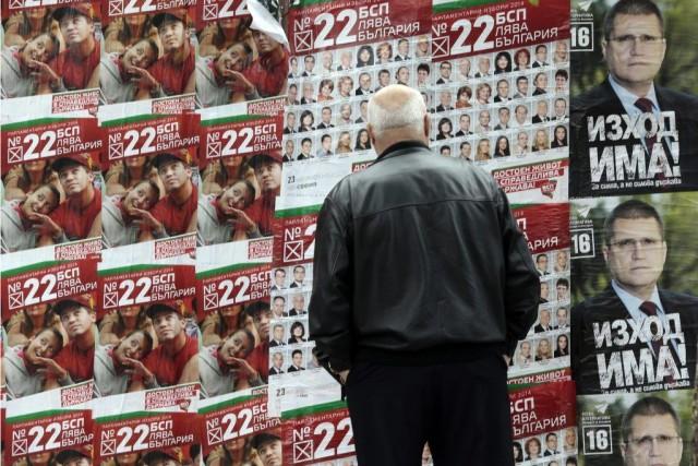 Les instituts de sondage donnent vainqueur, mais sans... (Photo Valentina Petrova, AP)