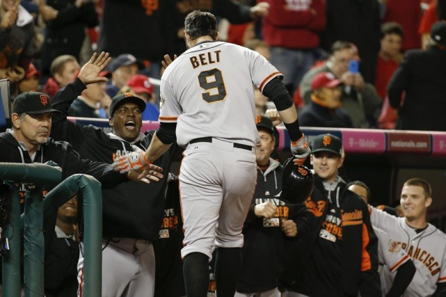 Brandon Belt a frappé un circuit aux dépens... (Photo Alex Brandon, AP)