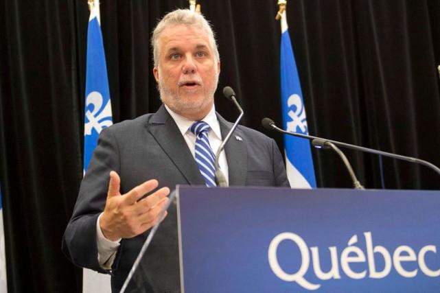 Le premier ministre Philippe Couillard... (Archives La Presse Canadienne)