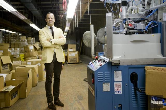 En relançant la fabrication de chaussettes aux États-Unis,... (PHOTO MARCO CAMPANOZZI, LA PRESSE)