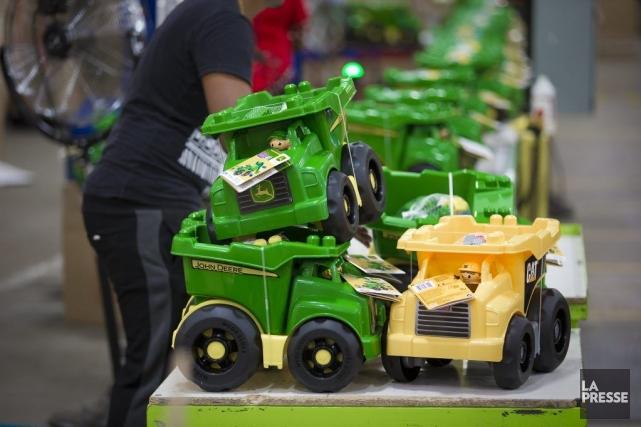 En vue des Fêtes, la production des camions... (PHOTO ANDRE PICHETTE, LA PRESSE)