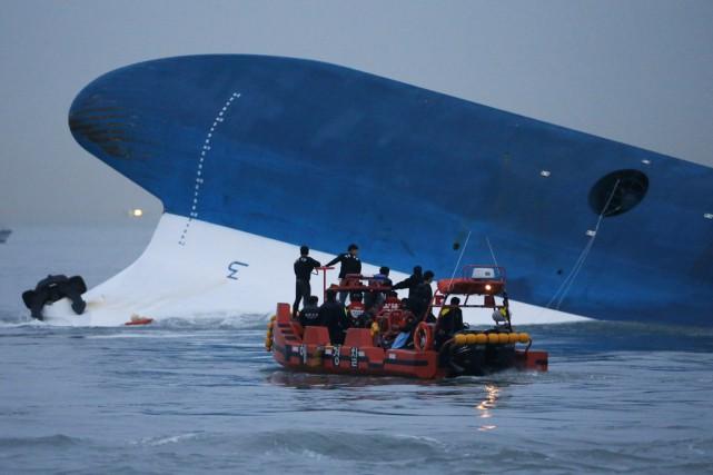 LeSewola fait naufrage le 16 avril au large... (PHOTO KIM HONG-JI, ARCHIVES REUTERS)