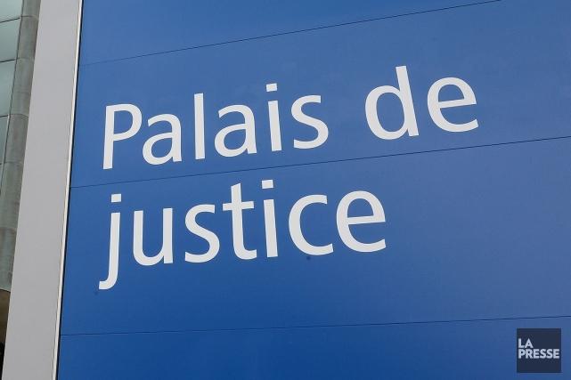Un des individus arrêtés la semaine dernière lors d'une opération policière de... (Archives La Presse)
