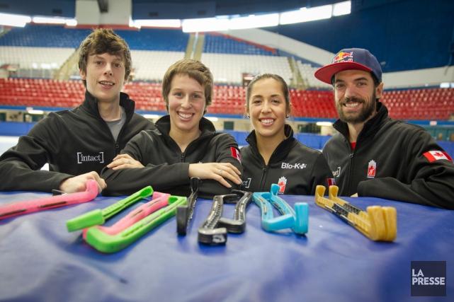 Quatre patineurs qui représenteront le Canada en Coupe... (Photo Ivanoh Demers, archives La Presse)