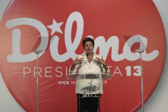 Avec 41,59% des voix, Dilma Rousseff a viré... (Photo: Reuters)