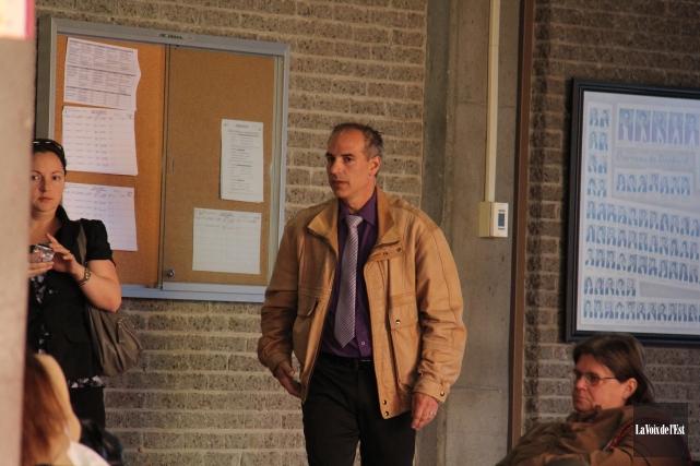 Le policier Michel Champagne a été destitué.... (Photo Archives La Voix de l'Est)