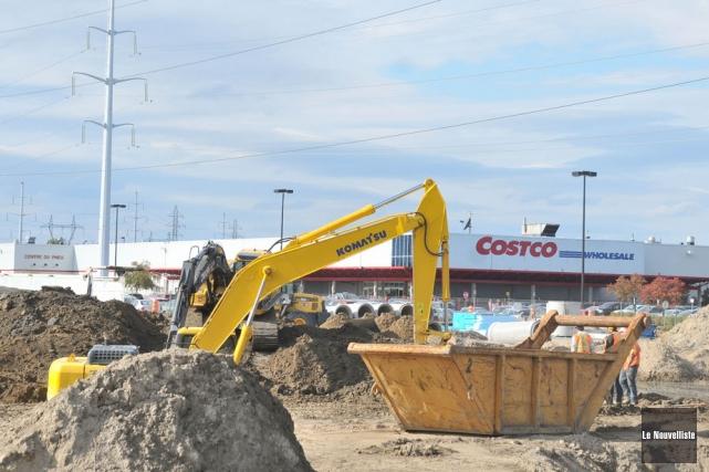 Le chantier sur le site des futures pompes... (Photo: Émilie O'Connor, Le Nouvelliste)