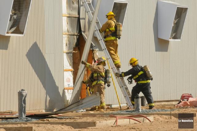 Les pompiers de Nicolet ont dû intervenir pour un début d'incendie, lundi midi,... (Photo: François Gervais, Le Nouvelliste)