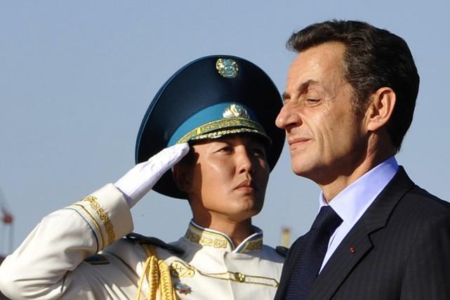 Le président français Nicolas Sarkozy, lors d'une visite... (PHOTO GERARD CERLES, ARCHIVES AFP)