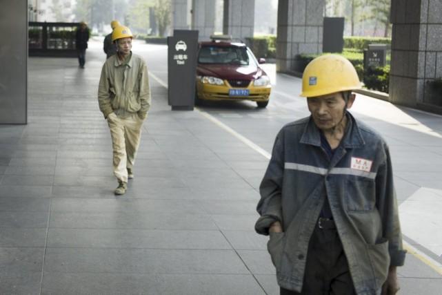 «L'économie mondiale est en plein exercice d'équilibriste», résume... (PHOTO FRED DUFOUR, AFP)