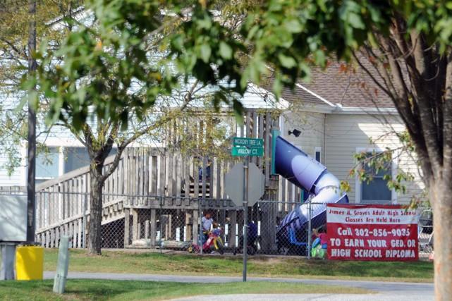 La police avait été appelée lundi en milieu... (PHOTO GARY EMEIGH, AP/THE WILMINGTON NEWS-JOURNAL)