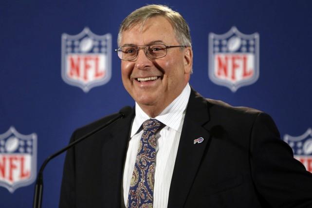 Le nouveau propriétaire des Bills de Buffalo, Terry... (Photo Seth Wenig, AP)