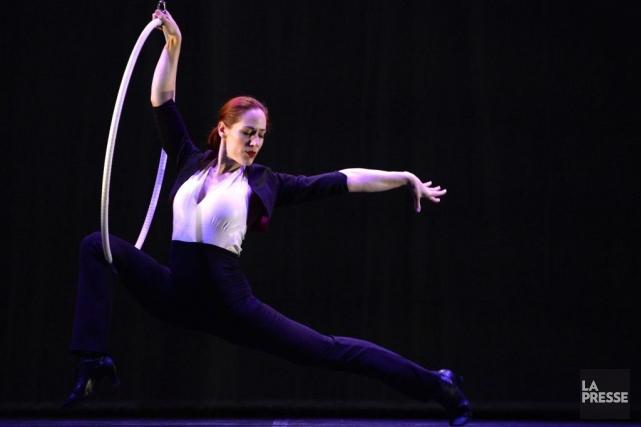 L'artiste de cirque Geneviève Bessette est une spécialiste... (Photo: Bernard Brault, La Presse)