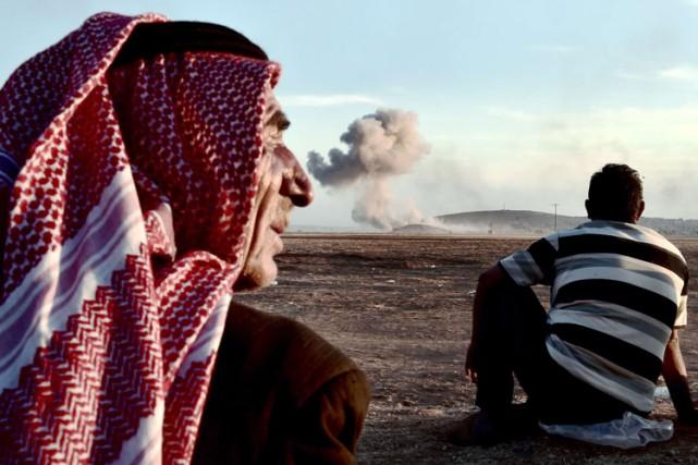 Malgré les raids des avions de la coalition... (Photo: AFP)