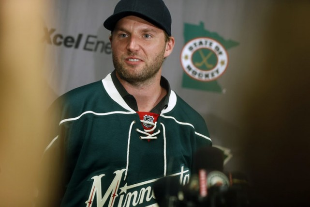 Thomas Vanek... (Photo: AP)