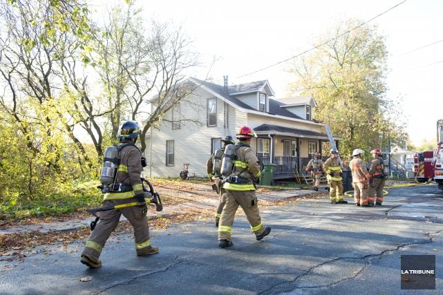 Un incendie rapidement maîtrisé par le Service de protection contre les... (Imacom, Julien Chamberland)